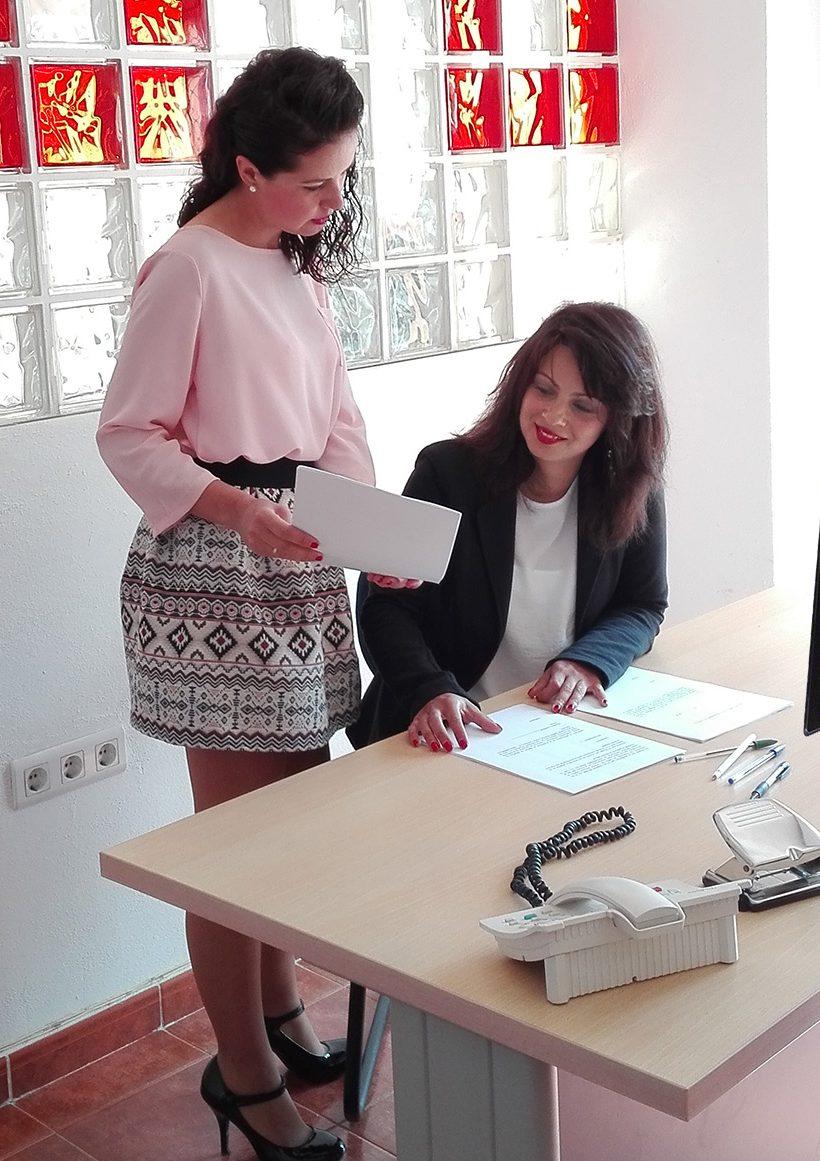 Alejandra Nieto | Jefa de administración de BOHR AdministracionesAlejandra Nieto | Jefa de administración de BOHR Administraciones